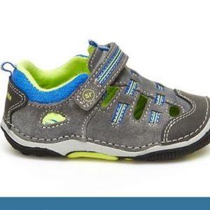 3/$30 Kids Stide Rite walking sneaker